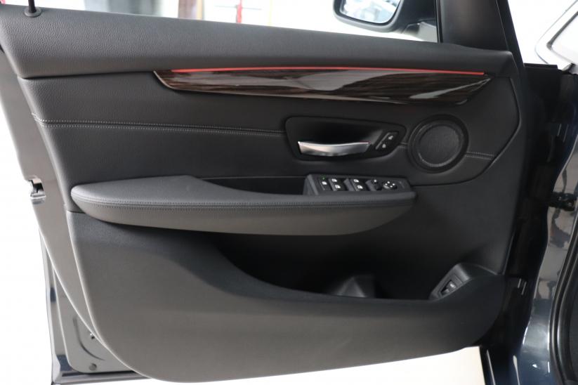 BMW 2 - 218iA Active Tourer Luxury Line